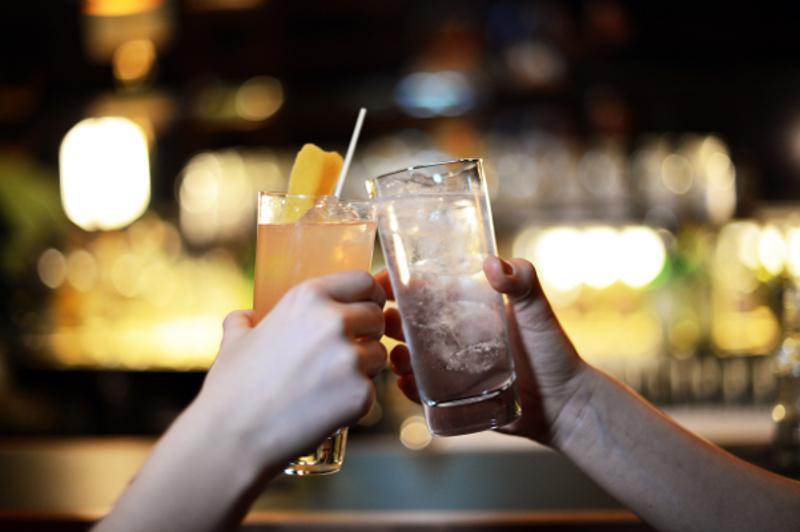 bars flirten berlin)