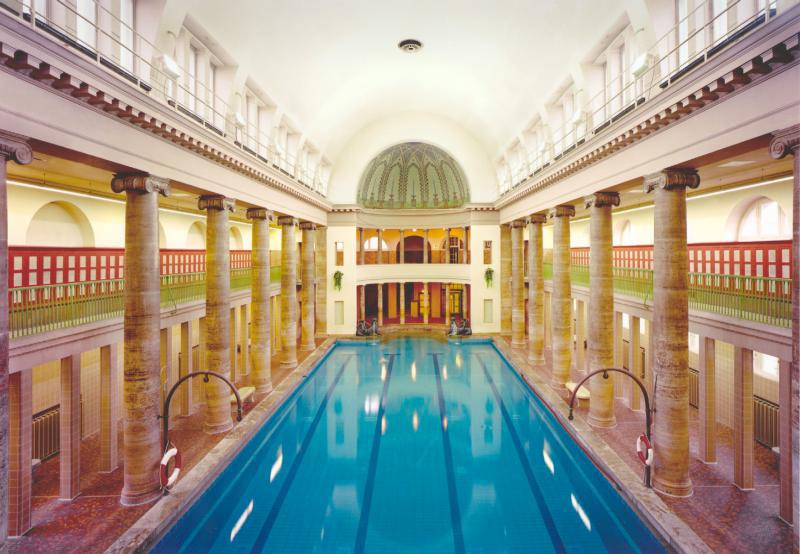 Top10 List: Swimming Pools | top10berlin