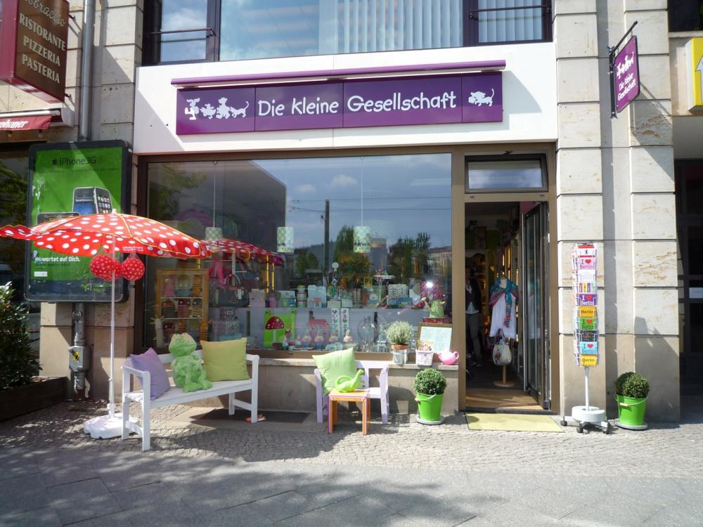 Kleine Gesellschaft - Berlin Souvenirs  top10berlin