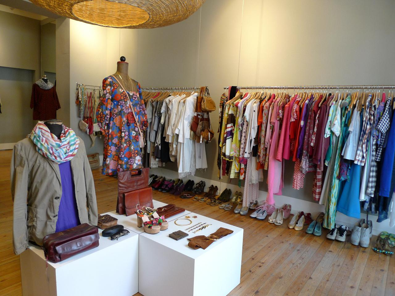 Custom Women's Clothing Store On Lincoln Rd(Miami Beach) by Steel