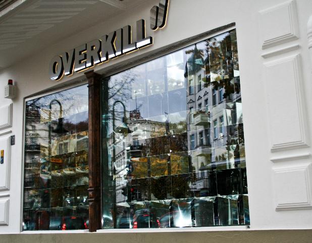 overkill shop sneaker shop top10berlin. Black Bedroom Furniture Sets. Home Design Ideas