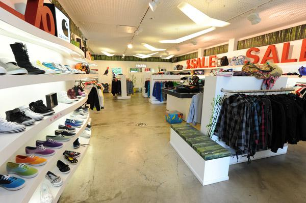 Titus Berlin - Sneaker Shops  top10berlin