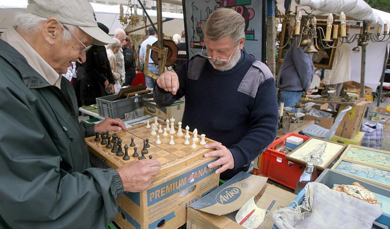Flohmarkt Möbel Berlin flohmarkt straße des 17 juni flohmärkte und trödelmarkte