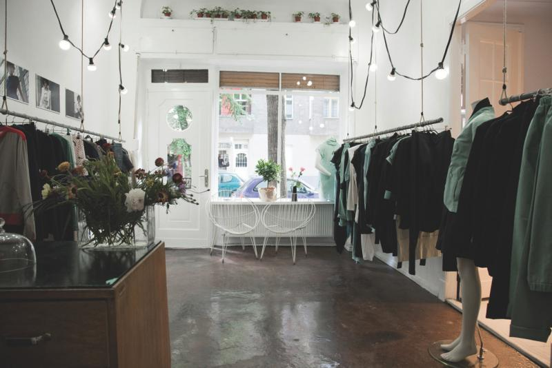 wesen ko mode top10berlin. Black Bedroom Furniture Sets. Home Design Ideas