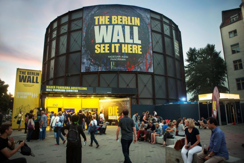 The Wall Asisi Panorama Berlin Cold War In Berlin