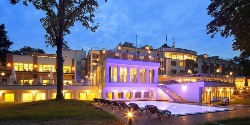 Inselhotel potsdam hermannswerder waterfront hotels in for Designhotel potsdam
