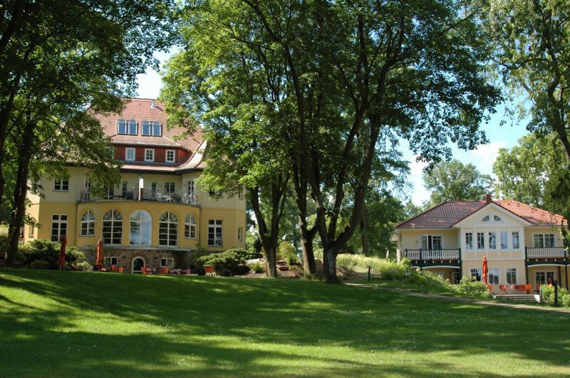 Landhaus himmelpfort am see hotels am see in brandenburg for Trendige hotels berlin