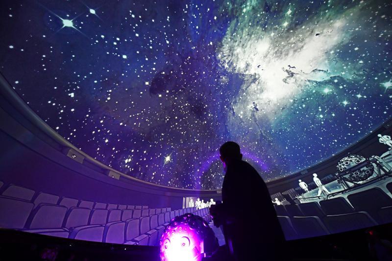 zeiss gro planetarium berlin ausfl ge und aktivit ten f r kinder und familien in berlin. Black Bedroom Furniture Sets. Home Design Ideas