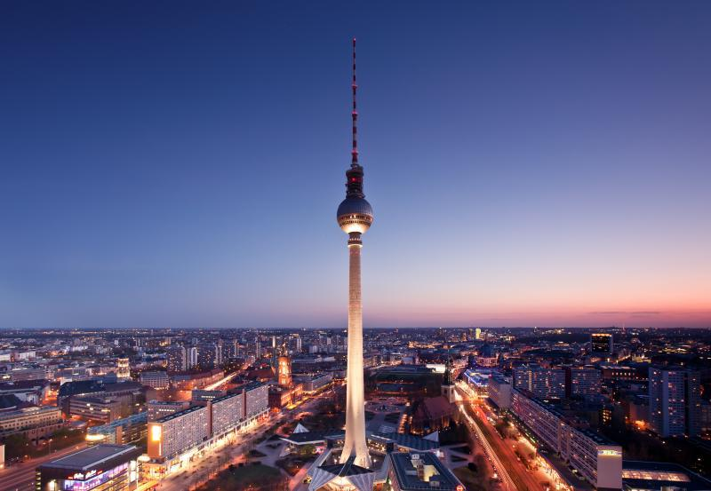 sehensw rdigkeit fernsehturm top10berlin. Black Bedroom Furniture Sets. Home Design Ideas