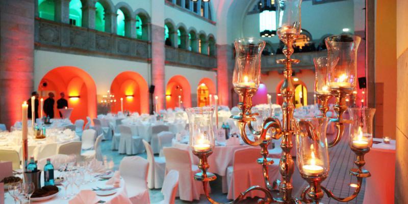 Silvester im hotel oderberger berlin silvesterpartys mit for Trendige hotels berlin