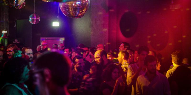 monster ronson 39 s ichiban karaoke karaoke bars top10berlin. Black Bedroom Furniture Sets. Home Design Ideas