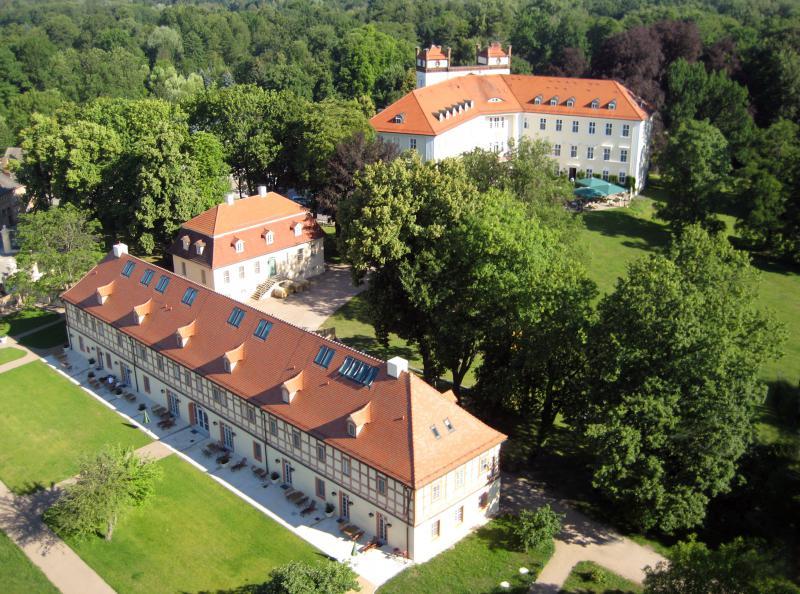 Schloss l bbenau schlosshotels mit wellness in for Trendige hotels berlin