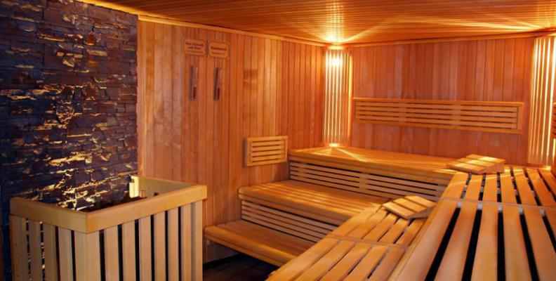 saunarivm sauna top10berlin. Black Bedroom Furniture Sets. Home Design Ideas
