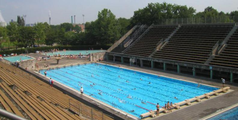 Sommerbad Olympiastadion - Summer Pools | top10berlin