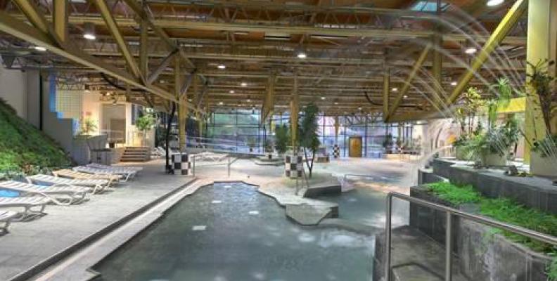 Foto: Schwimmhalle am Spreewaldplatz