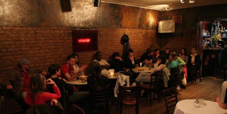 Foto: Schwarzes Café