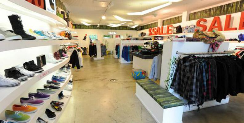 f1a73406a0cb4c Titus Berlin - Sneaker Shops