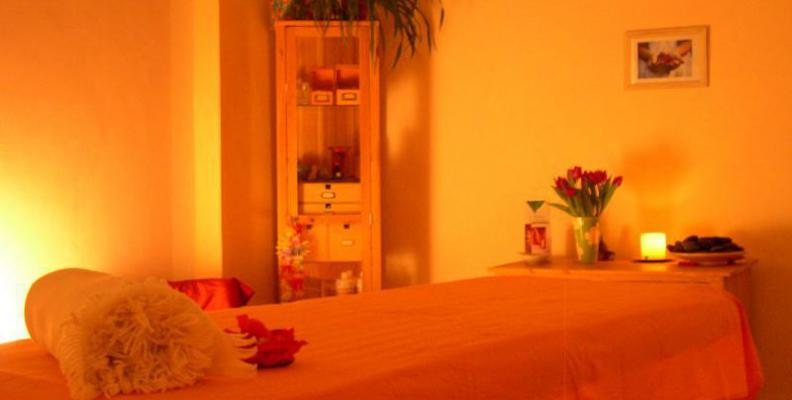 body and soul massage massage top10berlin. Black Bedroom Furniture Sets. Home Design Ideas