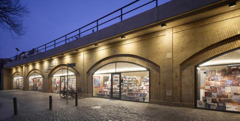 Foto: Bücherbogen am Savignyplatz