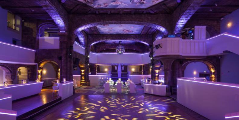 adagio promi clubs top10berlin. Black Bedroom Furniture Sets. Home Design Ideas