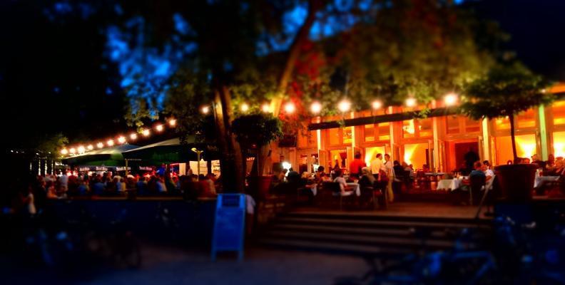 Foto: Teehaus im englischen Garten