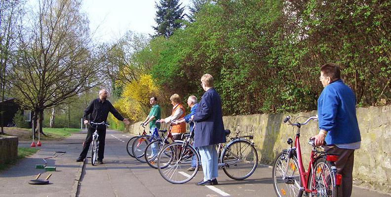 Foto: Radfahrschule für Erwachsene
