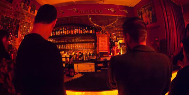 Foto: Bar zum schmutzigen Hobby