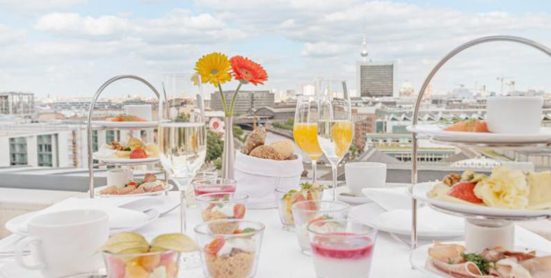 restaurant k fer at bundestag rooftop restaurants with a view top10berlin. Black Bedroom Furniture Sets. Home Design Ideas