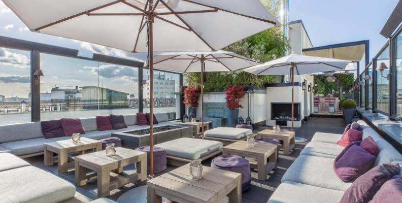 hotel zoo berlin rooftop bars top10berlin. Black Bedroom Furniture Sets. Home Design Ideas
