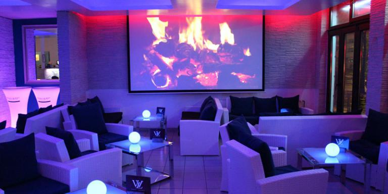 white lounge shisha bars top10berlin. Black Bedroom Furniture Sets. Home Design Ideas