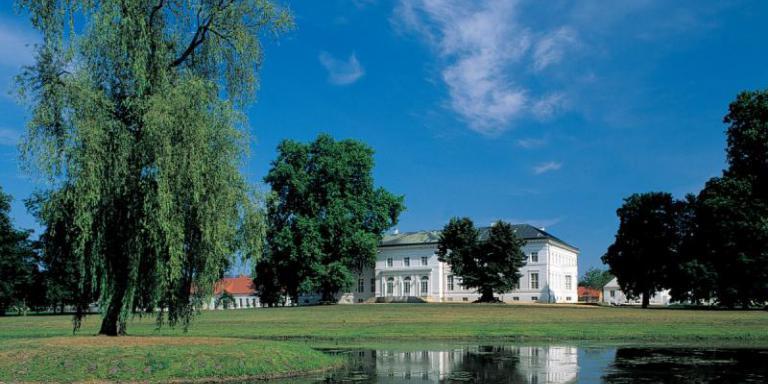 Foto: Schloss Neuhardenberg | Toma Babovic