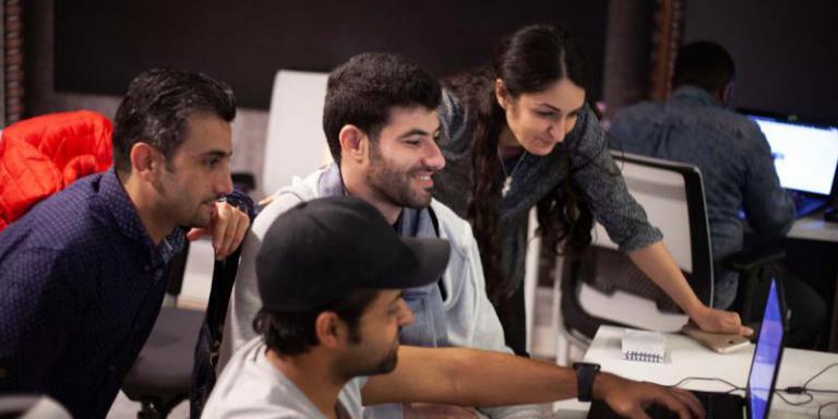 DCI Studenten programmieren ihr Praxisprojekt